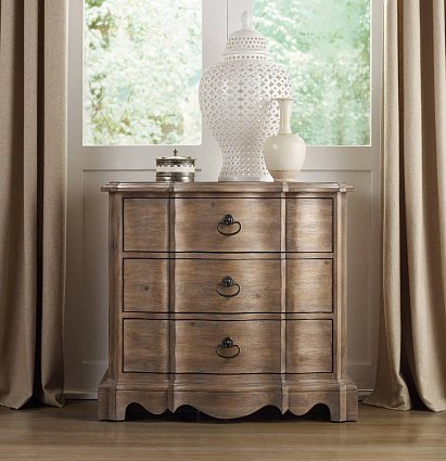 Прикроватная тумба HOOKER FURNITURE CORSICA THREE-DRAWER NIGHTSTAND LIGHT арт 5180-90016 : фото 3